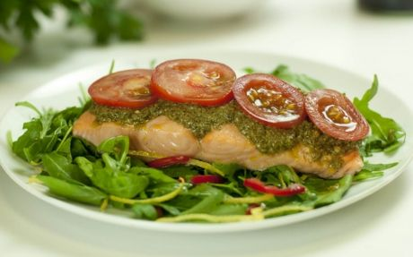 salmon-chili-pesto